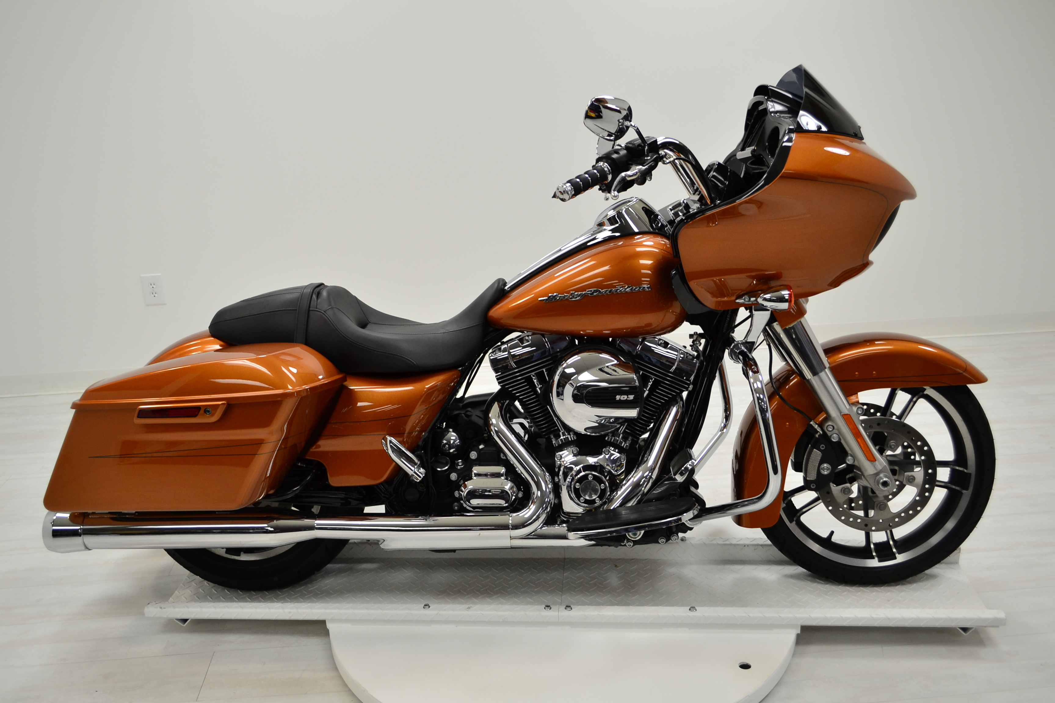 2015 harley davidson touring road glide. Black Bedroom Furniture Sets. Home Design Ideas