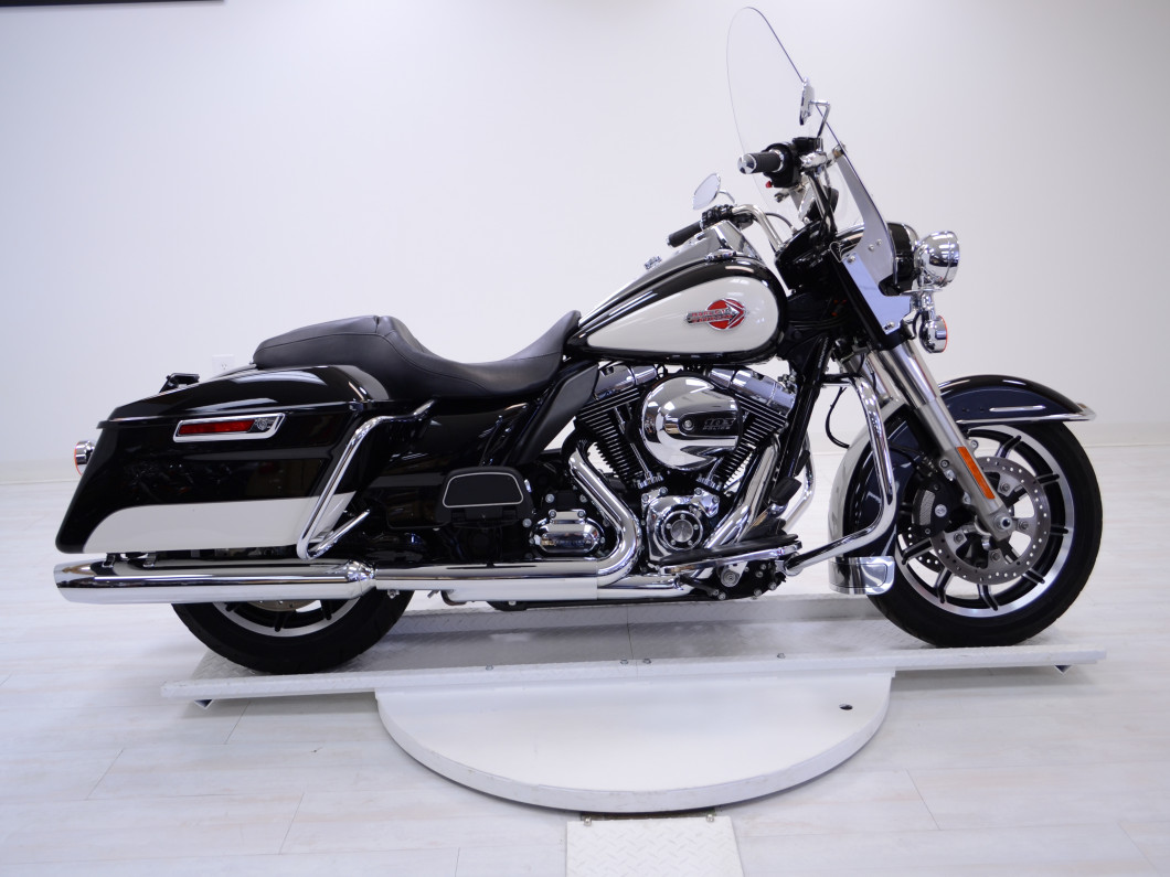 2015 FLHR Road King Harley Davidson