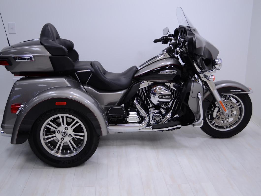 2016 Harley Davidson Flhtcutg: 2016 FLHTCUTG Trike Harley Davidson